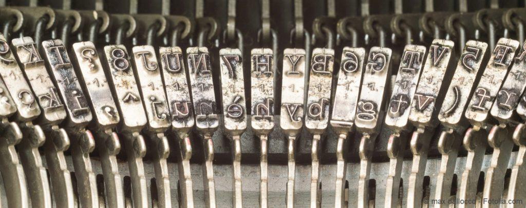 Typebars of a typewriter - Martelletti di una macchina da scrivere
